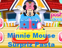 Minnie Mouse Sürpriz Pasta